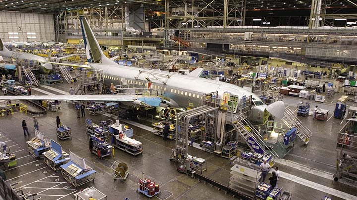 an introduction to the commercial aircraft manufacturing A wide range of materials may be used in the design of the aircraft to make use the introduction of metals the metals used in the aircraft manufacturing.