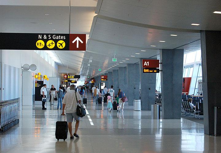 Seattle tacoma international airport nbbj for International decor gates